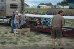 Unloading the mast
